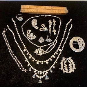 Silvertone vintage clear rhinestone craft jewelry
